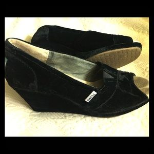 TOMS Black Velvet wedge heel
